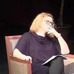 Alföldi Róbert kirakta elsőre letiltott beszélgetésének teljes videóját