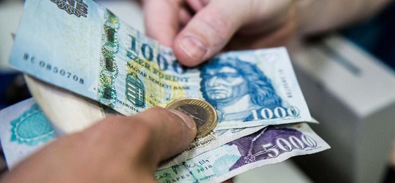 Mennyibe kerül a tanévkezdés? Nagy különbség lehet a boltok árai között