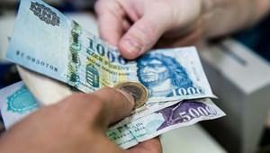 Itt a feketeleves: több mint 100 ezer forinttal is számolhat egy egyetemista a havi kiadásokra