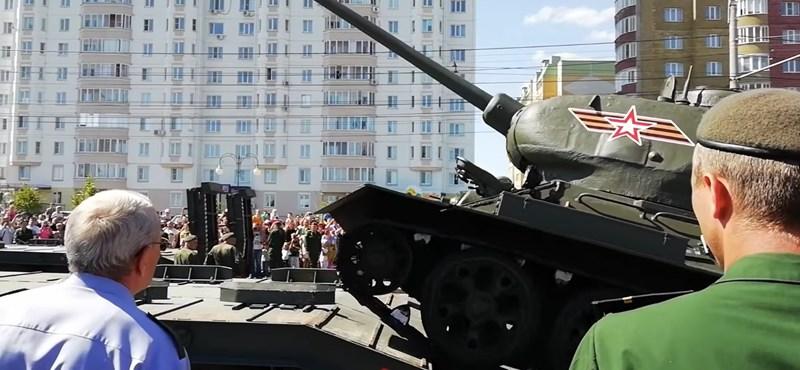 bcdd33696482 Autó: A kurszki csatát megúszta az orosz T-34-es tank, a katonai ...
