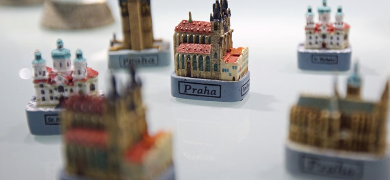 Így pipál le minket Prága