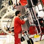 Akinek jól megy: kevesebb munka, több pénz a Ferrari-gyár dolgozóinak