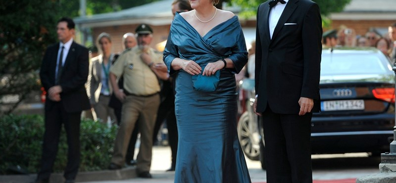 Merkel kétszer vette fel ugyanazt a ruhát