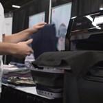 Itt a robot, amely olyan profin összehajtogatja a kimosott ruhákat, ahogy senki más – videó