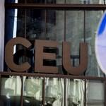 """""""Nem adjuk a CEU-t"""" - tüntetéseket szerveznek az egyetem elé"""