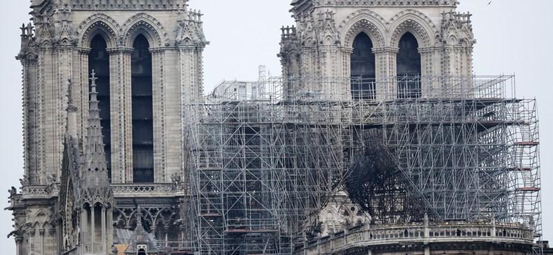 Egymással versengve adakoznak a francia top cégek a Notre-Dame újjáépítésére