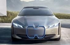 600 kilométeres hatótávval érkezik a BMW i4 villanyautó