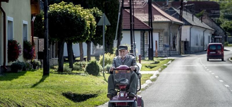 Hétfőn érkezik a bankszámlákra a nyugdíjprémium