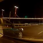 Ezt a videót, ami a Rákóczi hídnál készült, a forgalomszervezőknek is érdemes lenne megnézniük