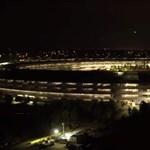 Már kivilágítva is megnézheti: új drónvideó készült az Apple új főhadiszállásáról