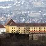 Feljelentést tettek a Liberálisok Orbán erkélye miatt