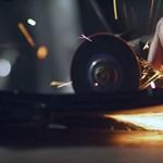 Morbid, de hatásos – ütős kampányt indított a Volkswagen, hogy vezetés közben ne mobilozzunk – videó