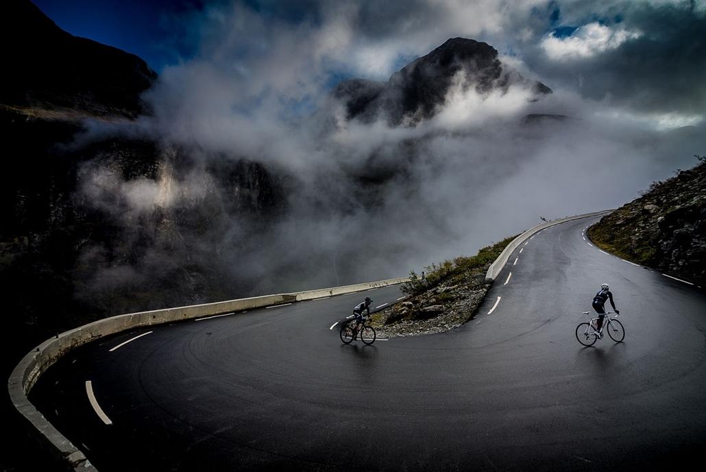 NE használd_! - Photographer of the Year 2014 - ''Spirit of Adventure'' kategória - Legjobb sorozat - Romsdal, Norvégia - tpoty
