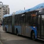"""Csuklós, hibrid buszokkal """"újított"""" a BKV"""