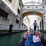 A túlsúlyos turisták miatt szabályozzák újra a velencei gondolázást