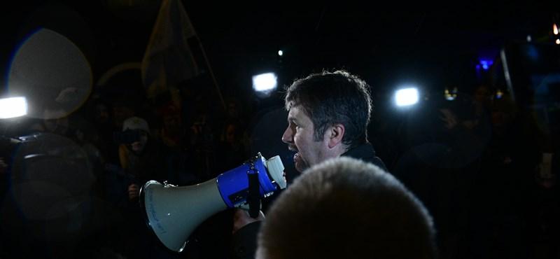 Hadházy: Az ellenzéknek újra papírja lesz, hogy elfogadta a Fidesz játékszabályait