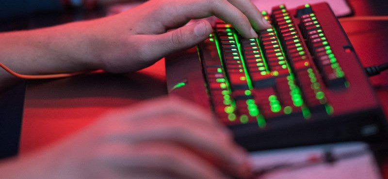 Már ön is jelentkezhet az állami informatikus képzésre