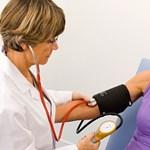 Vérnyomásmérő kell - milyet vegyek?