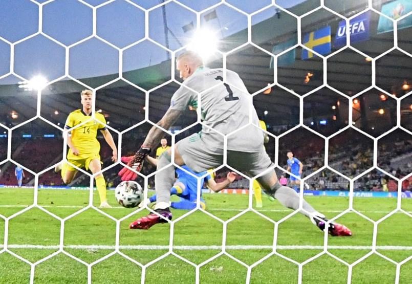 Con Inglaterra y Ucrania avanzando, completaron sus mejores ocho campos en el Campeonato de Europa.