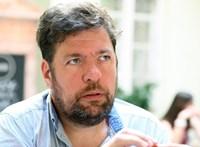 Beidézte a rendőrség Kerpel-Fronius Gábort egy sajtótájékoztató miatt