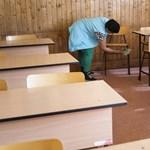 A tanórákon nem kell tartani a 1.5 méteres távolságot