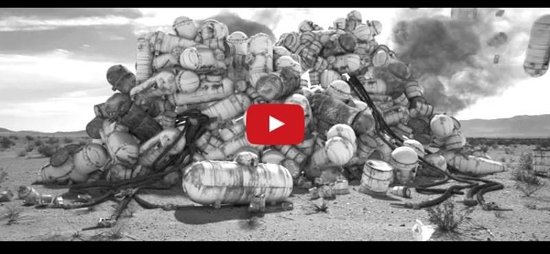 Ez lehet minden idők legjobb Tesla-reklámfilmje – videó