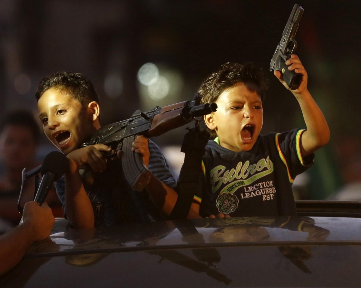 Sáskajárás és orosz csapás a hét képein