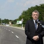 Eddig még senkit sem hallgattak ki a fideszes Szabó Zsolt 1,2 milliárdos offshore-számlájának ügyében