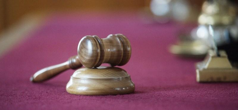 Schiffer: Bíróságok célkeresztben