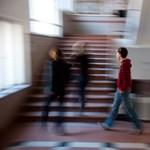 A diákok száma csökken, a tanároké mégis nő?