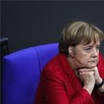 Tárgyalni hívta a szociáldemokratákat Merkel