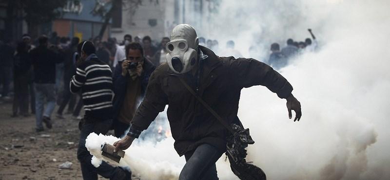 Kitiltották a korrupt embereket az egyiptomi közéletből