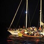 Öt nő holttestét találták meg a Lampedusánál történt hajószerencsétlenség után