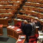 Rejtélyes módon kerülnek a parlamenti fiókba egyes törvényjavaslatok