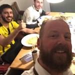 """""""Ez a foci!"""" – szállással és vacsorával várták a Monaco-szurkolókat Dortmundban a robbantás után"""