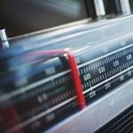 Valahogy olyan furcsán szól ma a rádió? Ne csodálkozzon, átkapcsoltak valamit