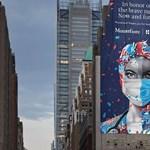 Úgy nem sokan tisztelegnek az ápolók előtt, ahogy Manhattanban teszik – képek