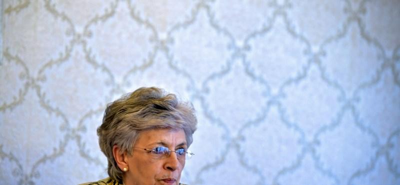 A PSZ felszólítja a kormányt, hogy ne spóroljon