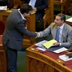 Tízmilliós bónuszokat osztana a kormány négy erős minisztériumban
