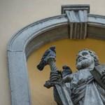 Összefogtak a helyiek a trollkodó plébános ellen egy magyar faluban