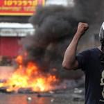 Véres harcok Bangkokban, meghalt a vörösingesek tábornoka - fotók