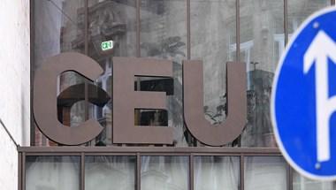 Visszavonják a CEU-t elüldöző törvény egy részét