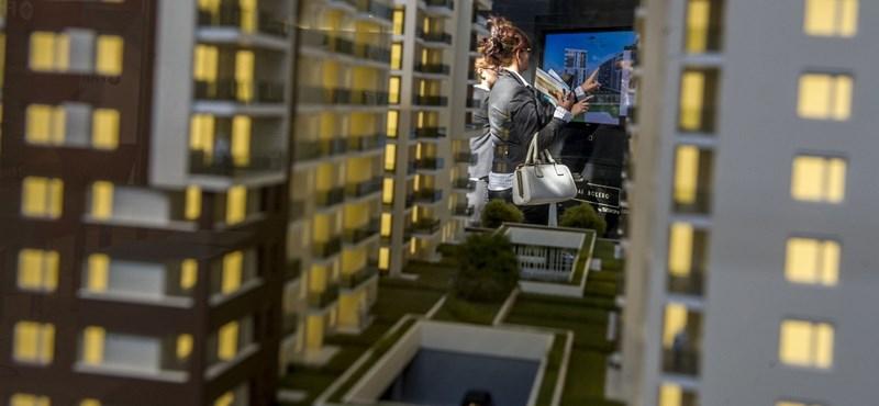 Hatból egy lakásvásárló ússza meg hitelfelvétel nélkül