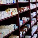 Hogy mi kerül egy gyógyszeren 700 millió forintba? A válasz ott hever a piacon