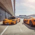 Csodásan fest egymás mellett ez a két hiperritka McLaren sportkocsi