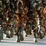 Szeméremsértő katona ellen emeltek vádat