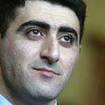 Alezredessé léptették elő az azeri baltás gyilkost