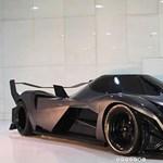 Megépült a szörnyeteg: 4500 lóerős lett a világ legdurvább spotkocsimotorja – videó