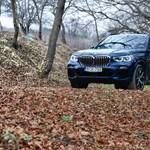 Az új BMW X5 már nem ugyanaz, mint volt és leginkább egy másik BMW miatt - bemutató