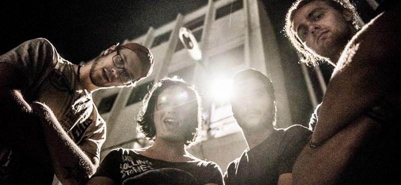 """""""Sokkal őszintébbek a zenekarok magyarul"""" – Junkie Jack Flash-lemezpremier"""
